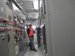 Puesta en marcha de instalaciones electricas de baja tension Fabricacion y servicios de media tension KVA